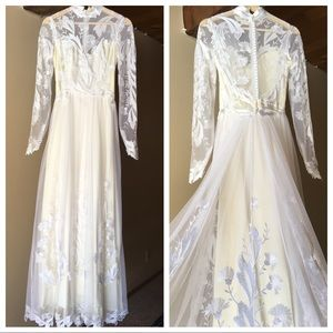 Vintage Wedding Dress | Lace Appliqué Embroidery